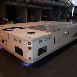 AGV híbrido para mover fuselaje de aviones :: DTA