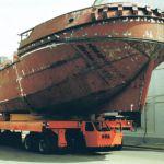 Carro motorizado eléctrico para el transporte de barcos :: DTA