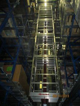 Escalera especial para almacenes autom ticos faraone cod 6 - Escaleras para almacenes ...