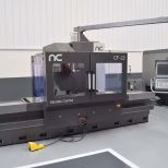 Fresadora CNC de bancada fija :: CORREA CF 22/25 PLUS UDG