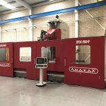 Fresadora CNC de columna móvil :: ANAYAK HVM-7000P