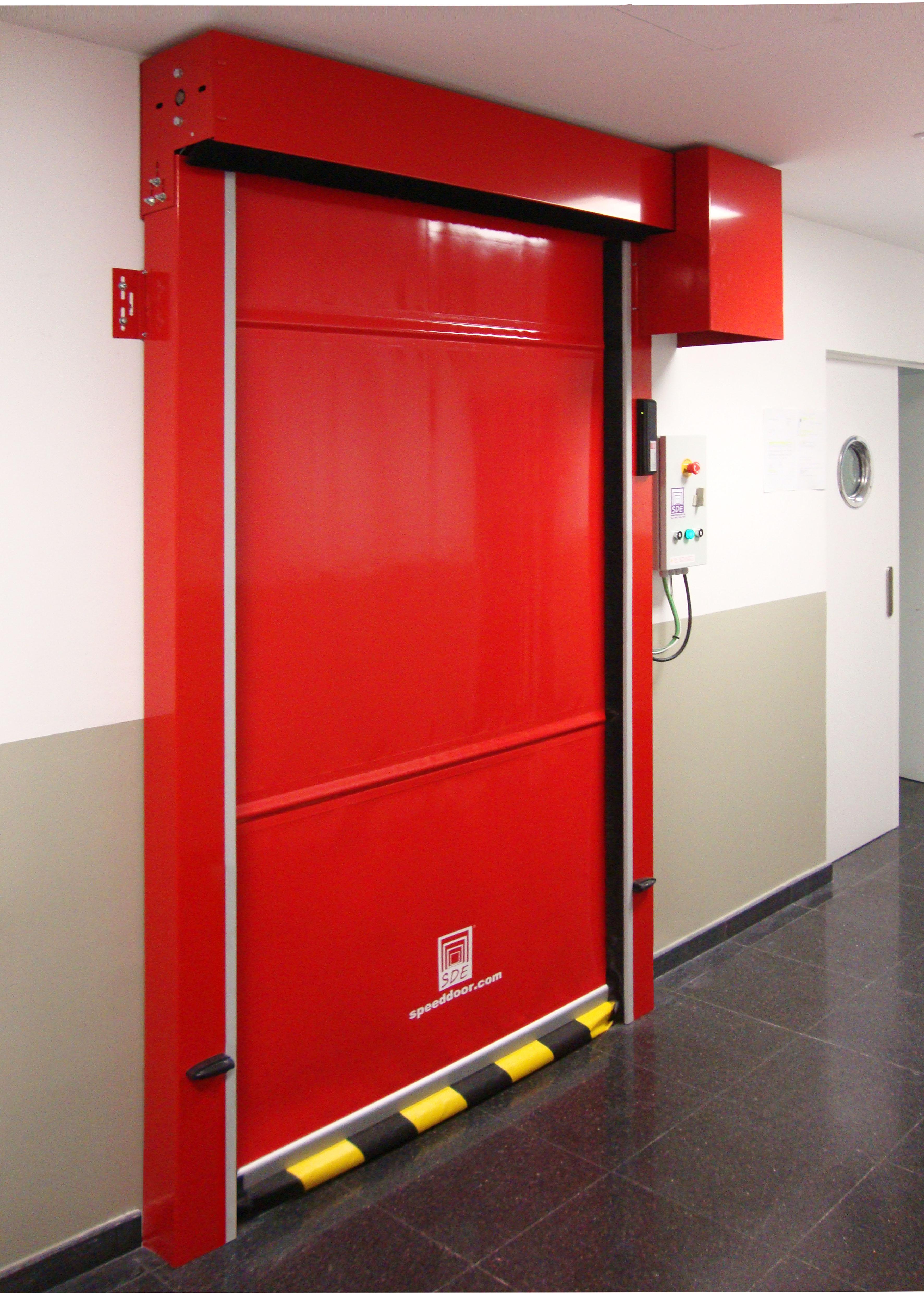 Puerta enrollable de aluminio speed door sdep for Puerta enrollable
