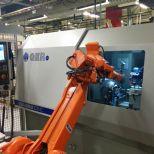 Rectificadora CNC con carga y descarga automatizada :: GER