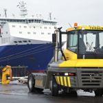 Tractor de arrastre térmico portuario :: Terberg RT323